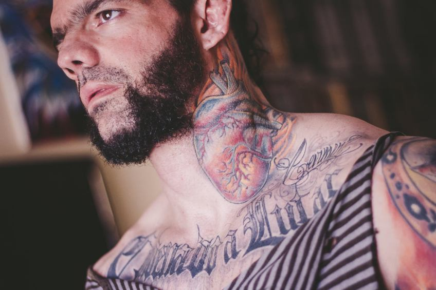 Tatuaje corazon y Lettering - Caroli Dilli - Tatuaje Japones